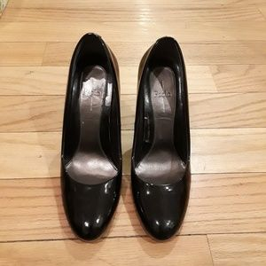 Paolo Black Patent Leather Wedged Pumps